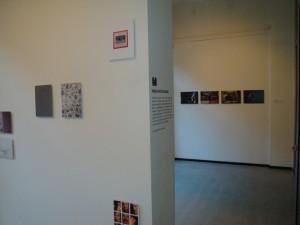 Expo in de Melkweg Gallerie (Pacifo Silano's werk links, Preston Gannaways werk op de achtergrond)